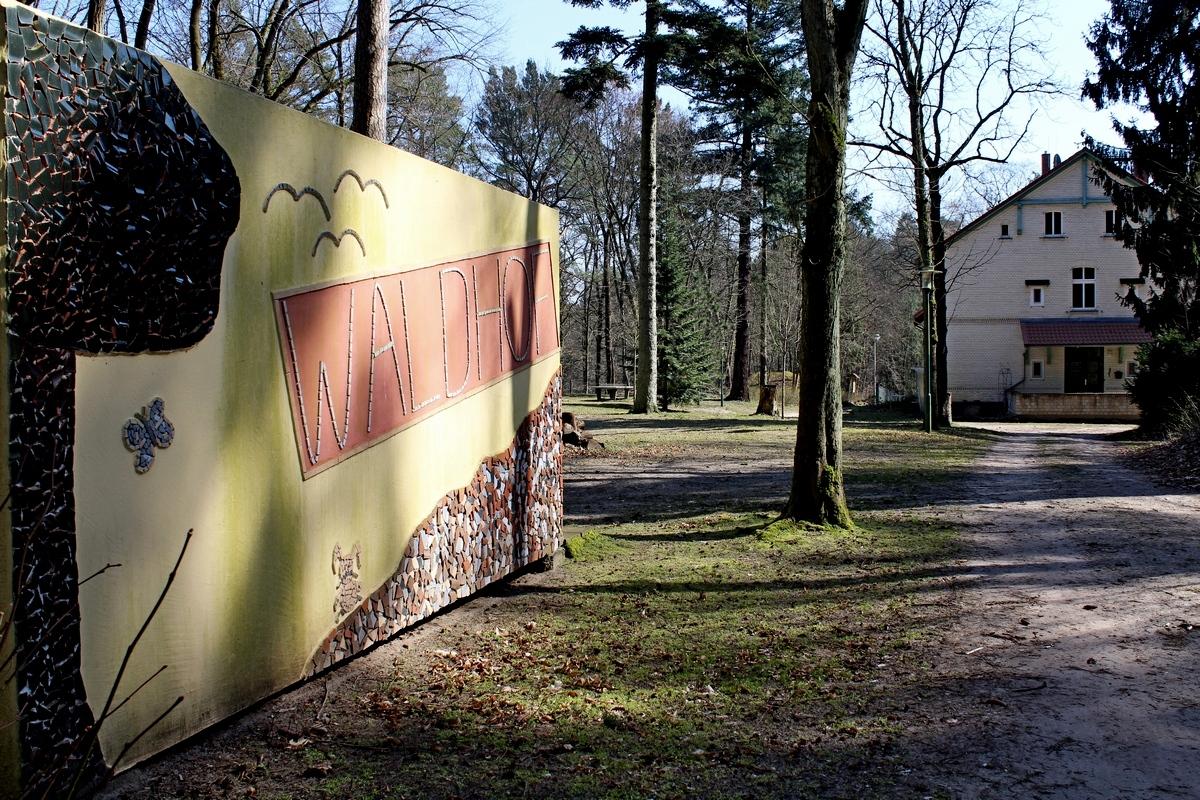 Eingang zu Waldhof Zootzen